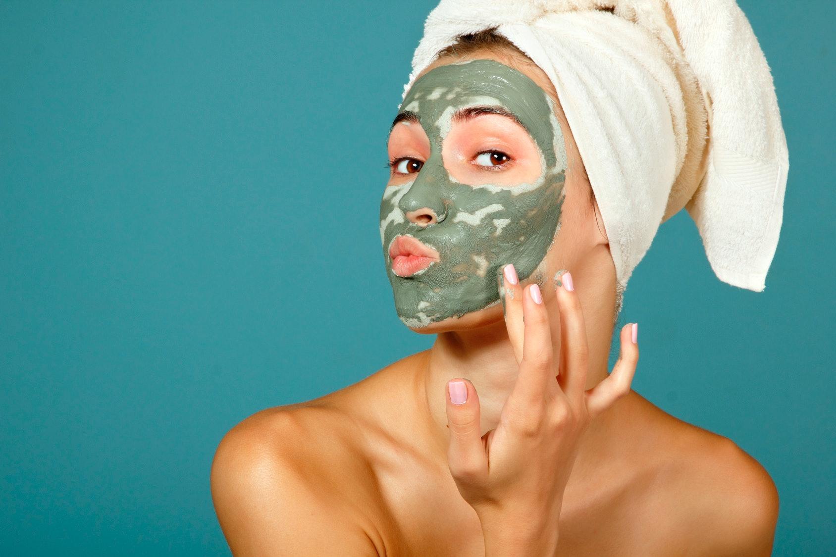 Омолаживающие маски для лица и шеи в домашних условиях 97