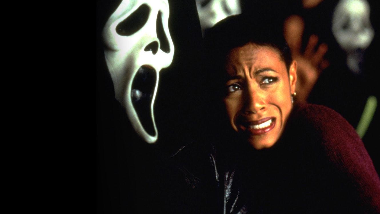 Scream 2 Movie Review & Film Summary (1997) | Roger Ebert