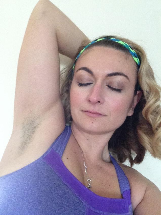 Female armpits hair shaving by a straight razor 10