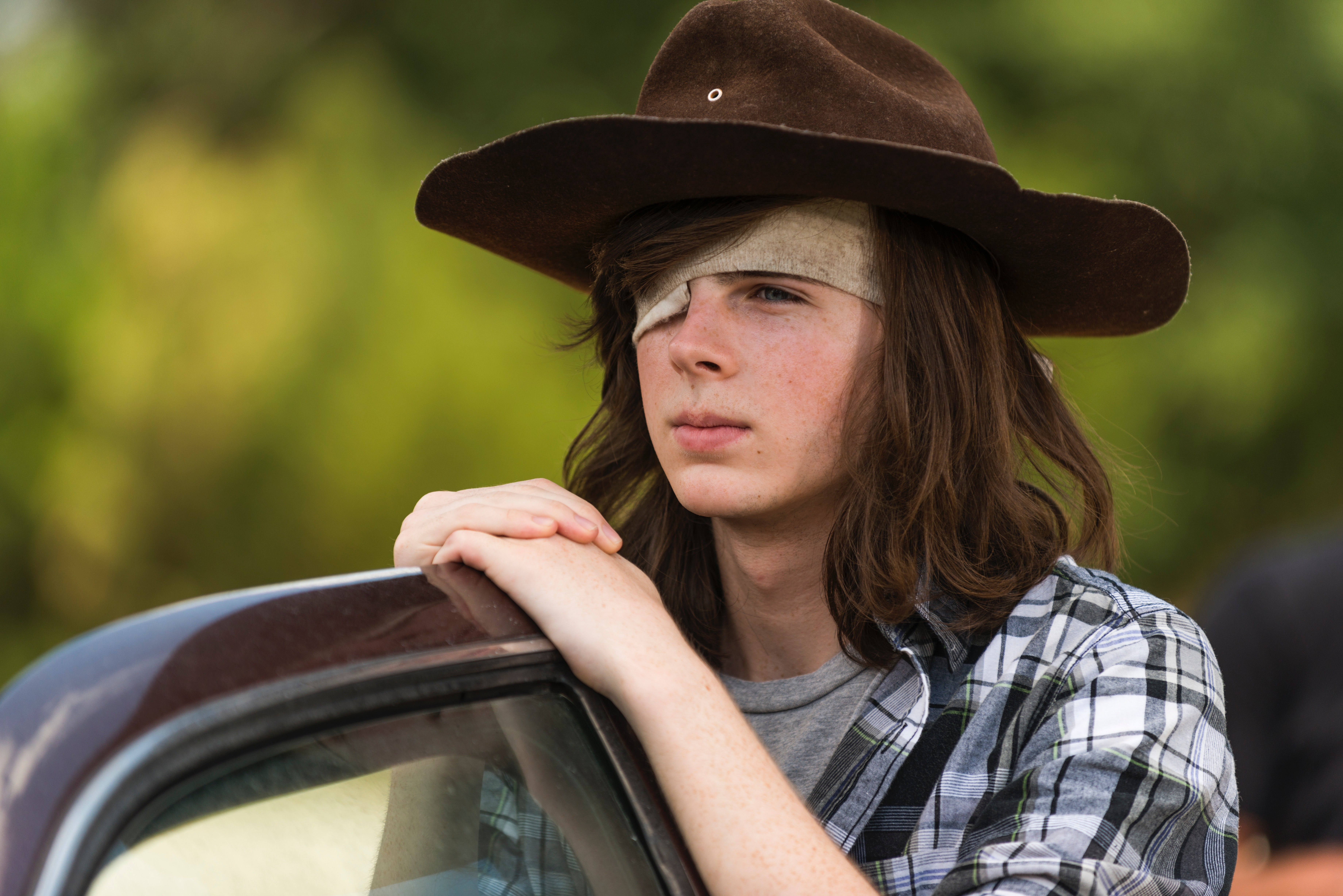 'The Walking Dead': Jesus and Gregory Deliver Behind the Scenes Dish (SPOILERS)