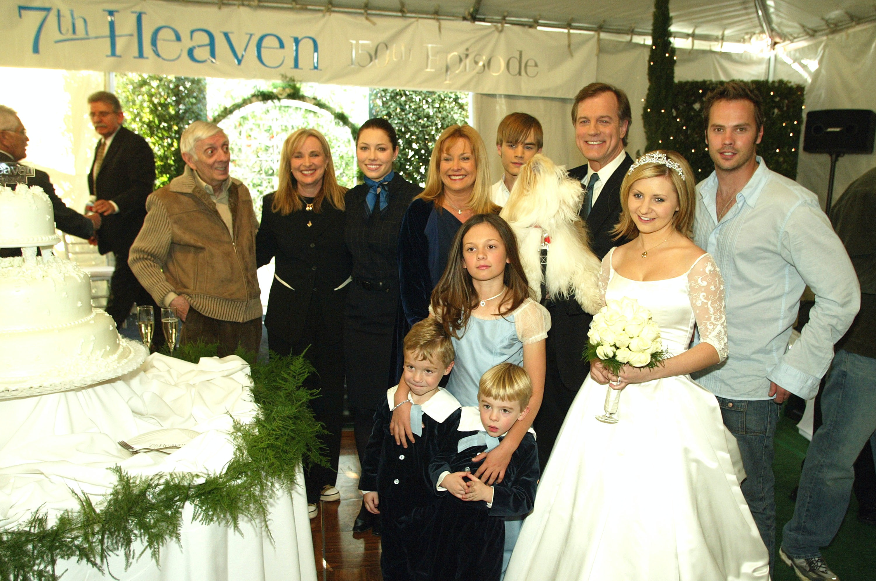 7th Heaven S Beverley Mitchell Is Against Having Nannies That Her Personal Choice