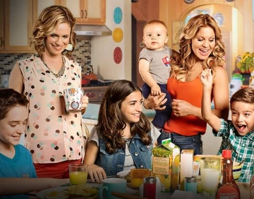 'Fuller House' Cast Unveils First Full Trailer on 'Ellen'