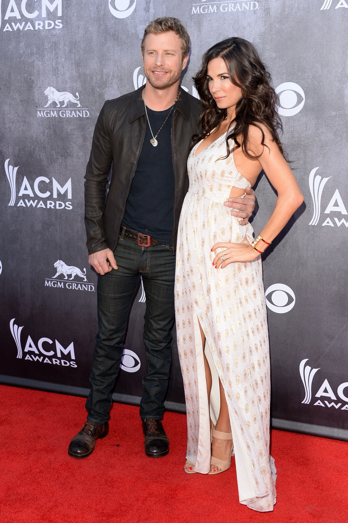Who Is Dierks Bentley Married To His Childhood Sweetheart Likes Her Privacy