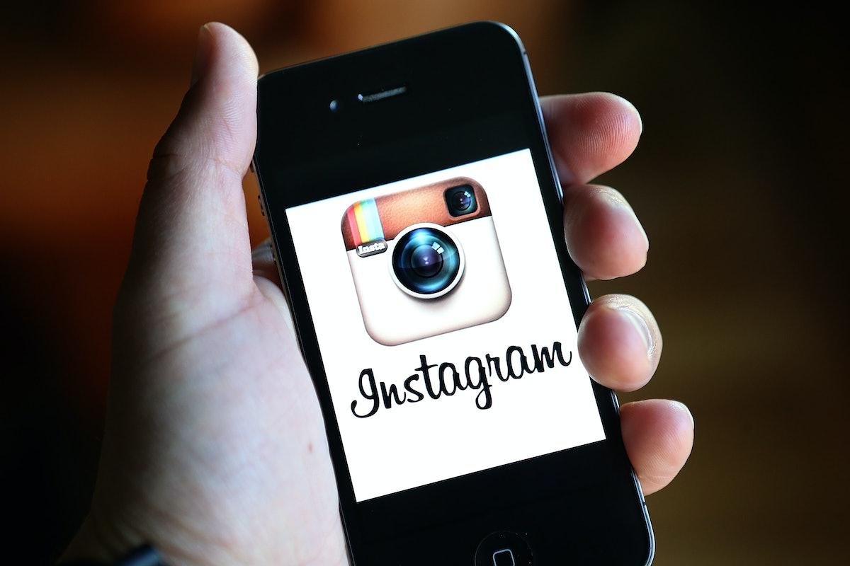 new instagram jokes & memes show that everyone hates change