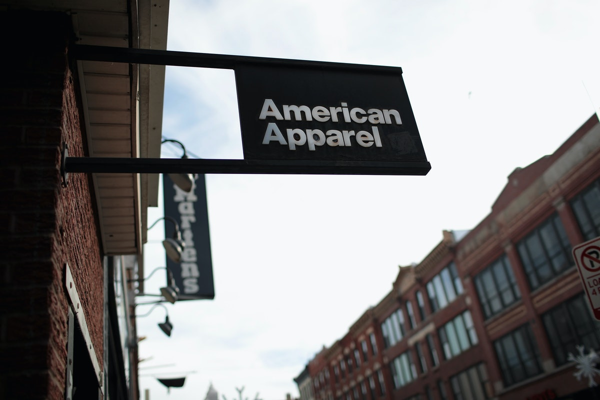 American Apparel Is Closing Its Doors & Twitter Has Mixed Reactions