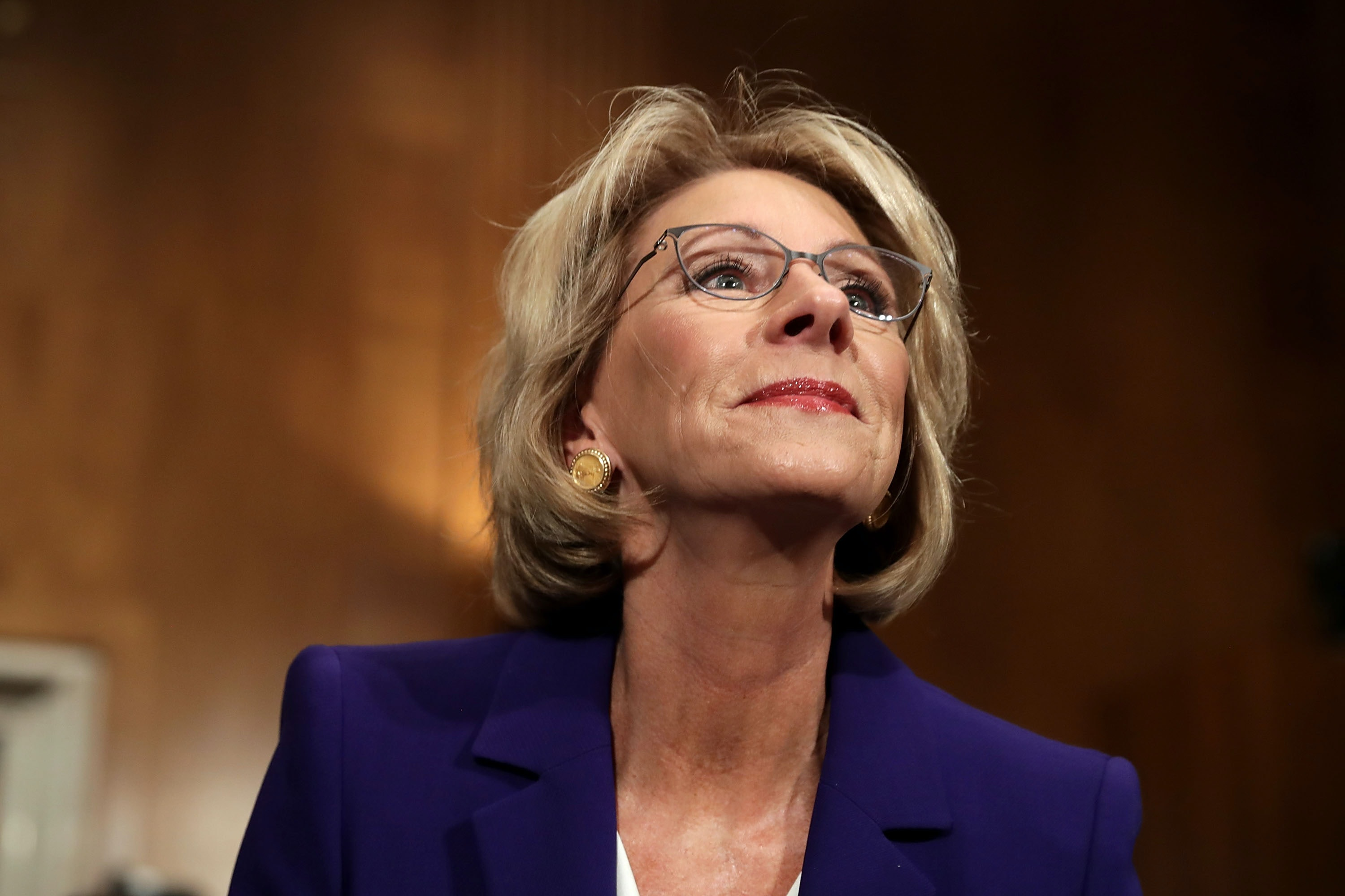 Protesters block Devos from from entering public schools