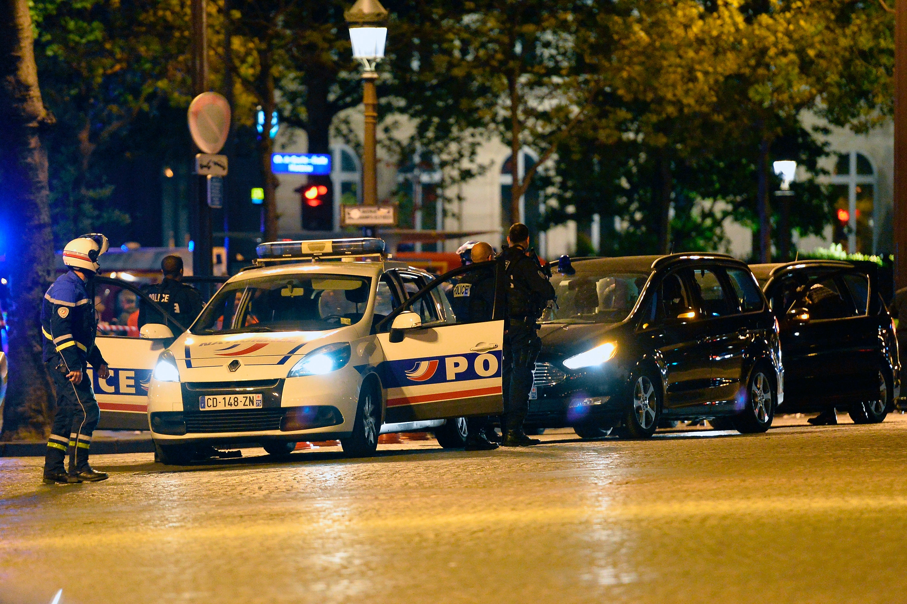 Attacker and police officer dead after Champs-Elysees incident