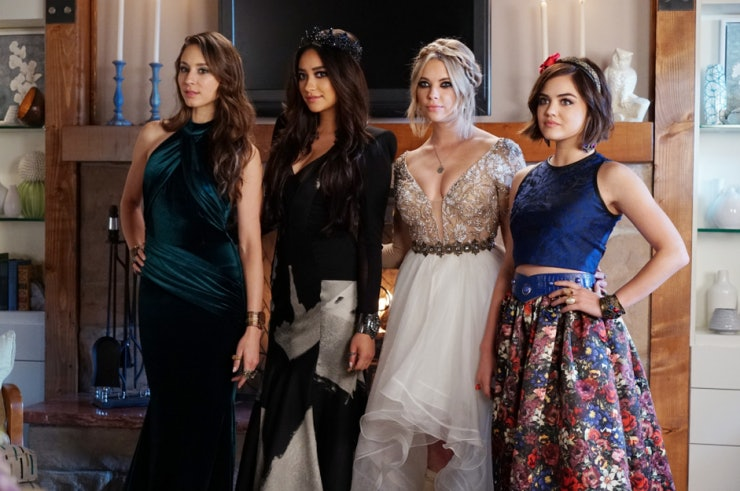 'Pretty Little Liars' Showrunner I. Marlene King Teases Details About Final Season