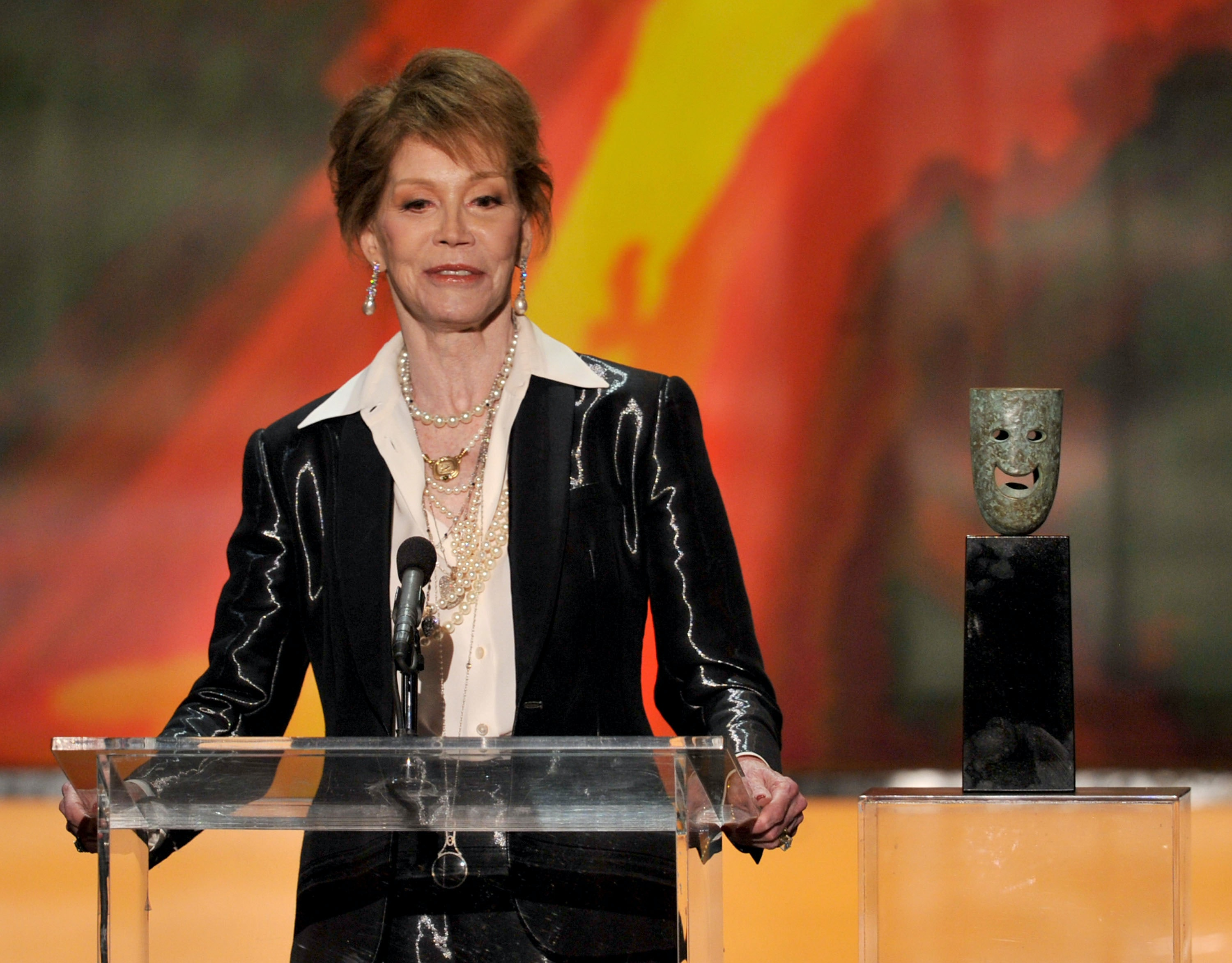 mary tyler moore u0026 39 s net worth reflects her long