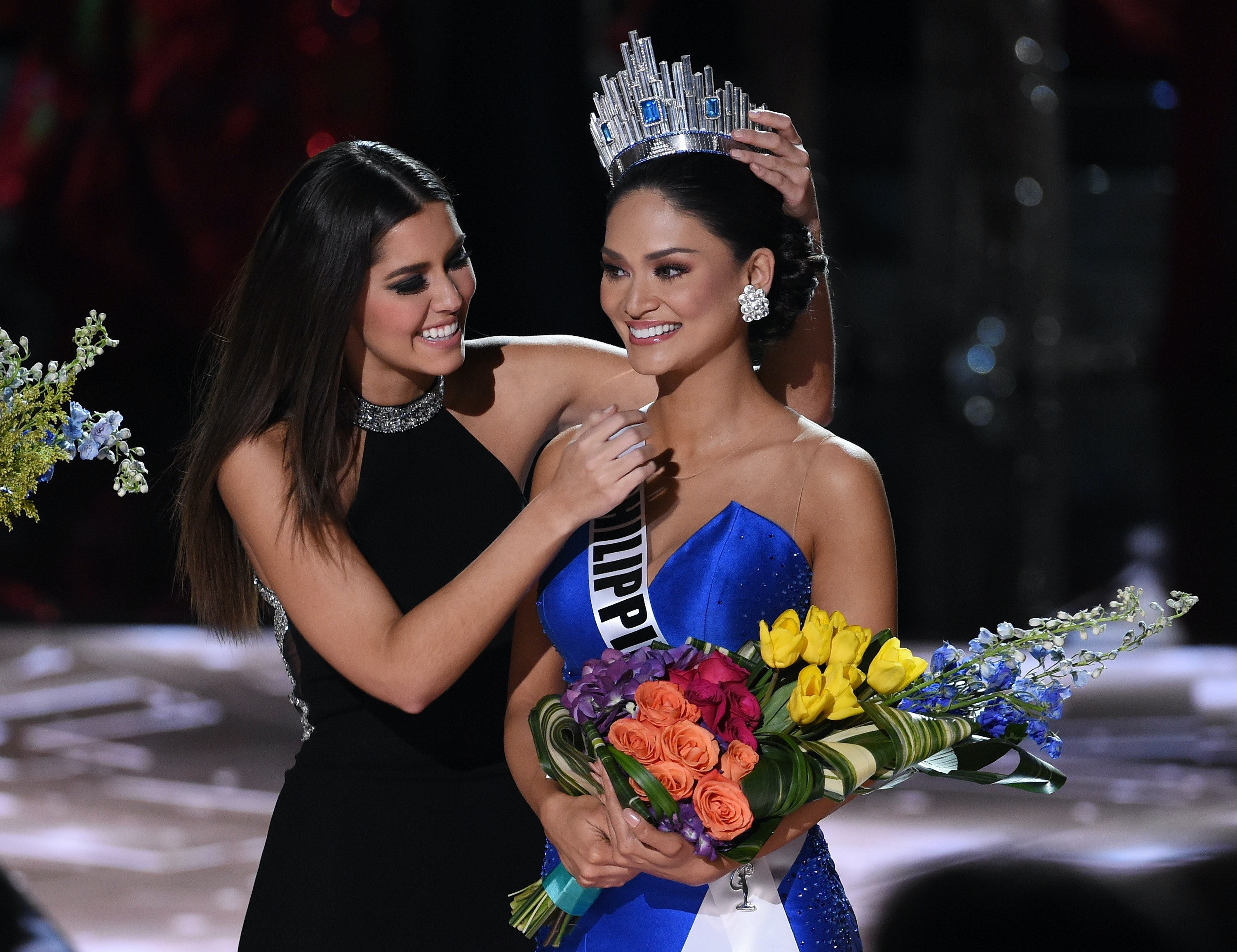Miss Universe Contest 2018 >> What Does Miss Universe Win The 2017 Competition Comes With A