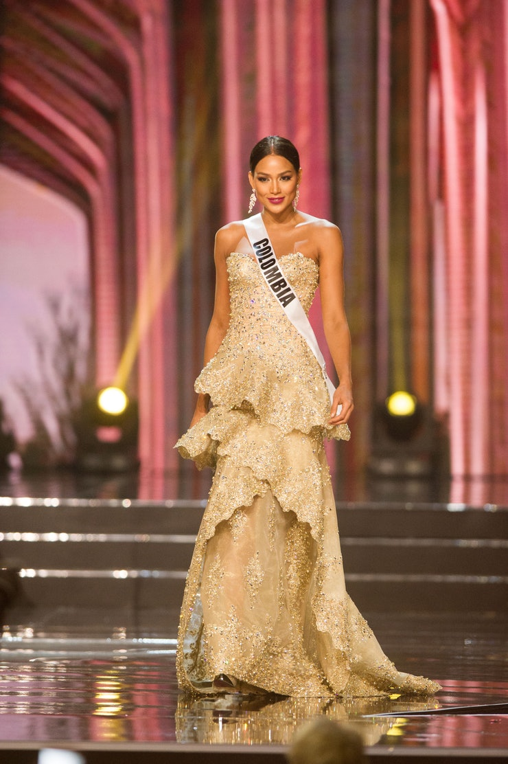 who designed miss colombia 39 s miss universe 2017 gown the. Black Bedroom Furniture Sets. Home Design Ideas