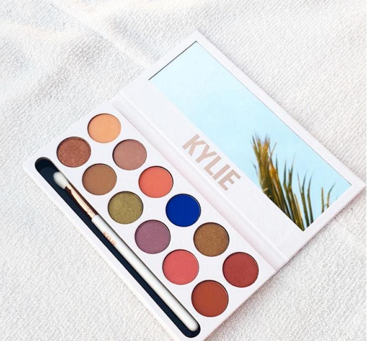Kết quả hình ảnh cho Kylie Cosmetics Royal Peach Palette