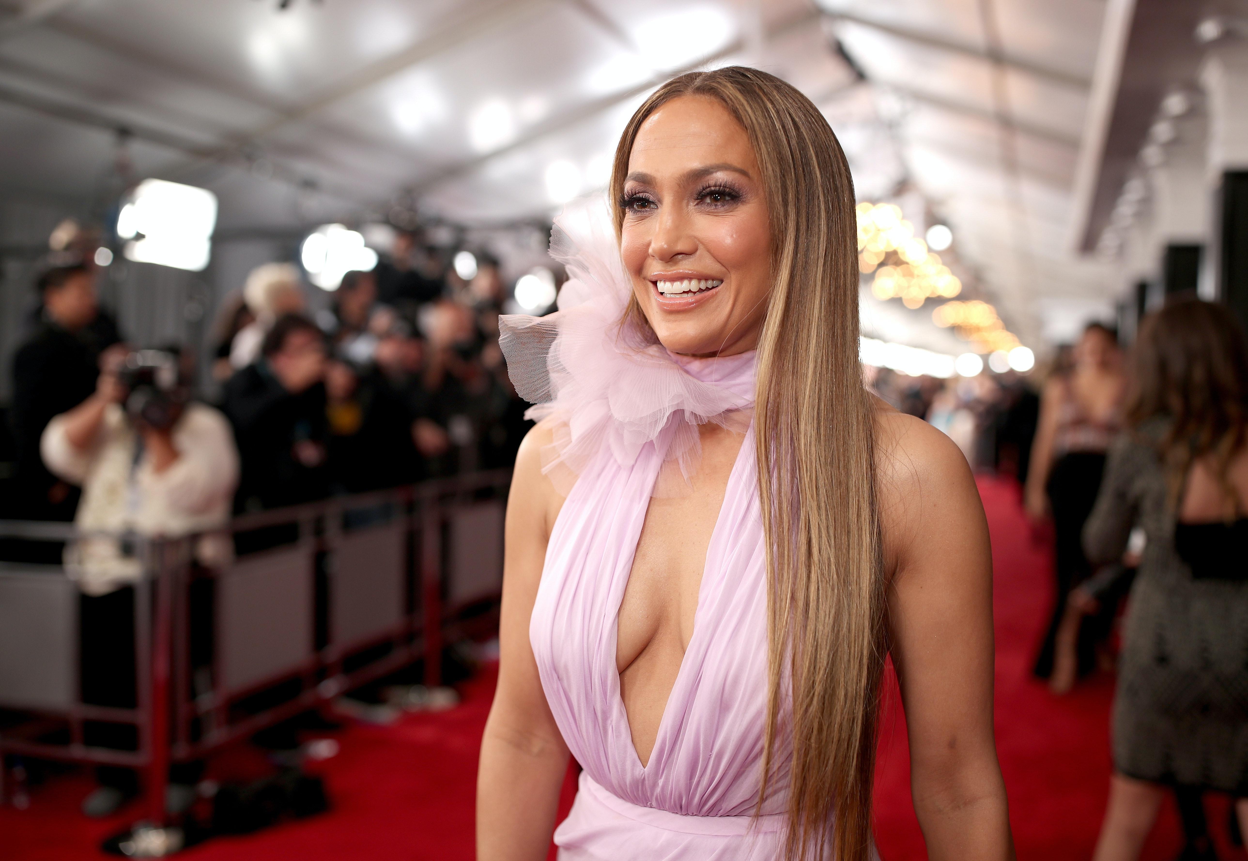Drake And Jennifer Lopez Split After Their Relationship
