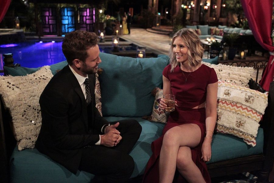 Watch The Bachelor season 21, week 7 online