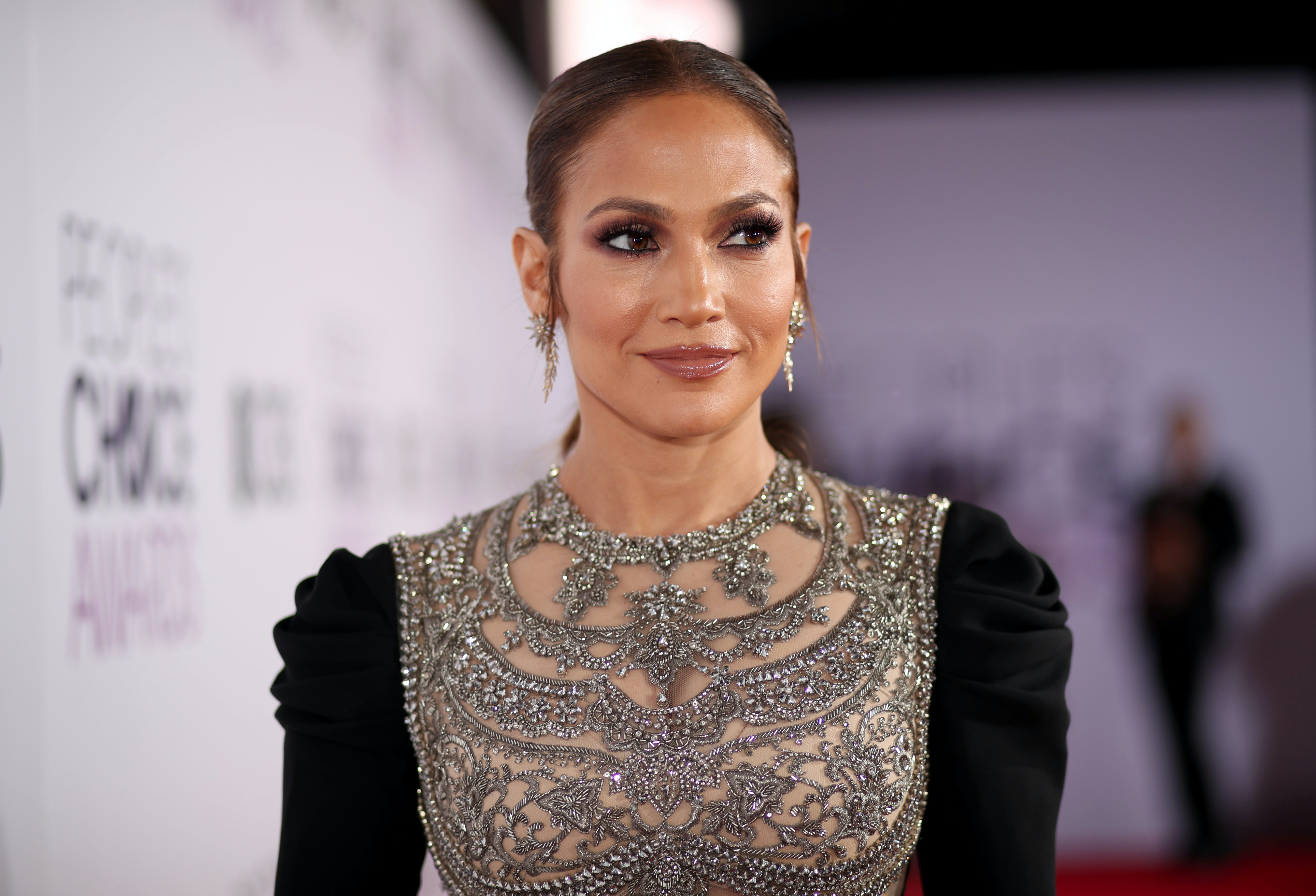 Getting back together again? Jennifer Lopez gushes about ex love Drake