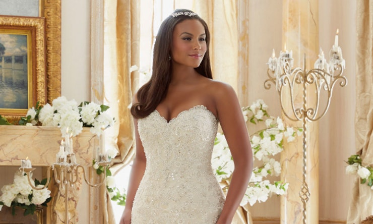 11 Plus Size Wedding Dresses That Are All Unique Absolutely Gorgeous