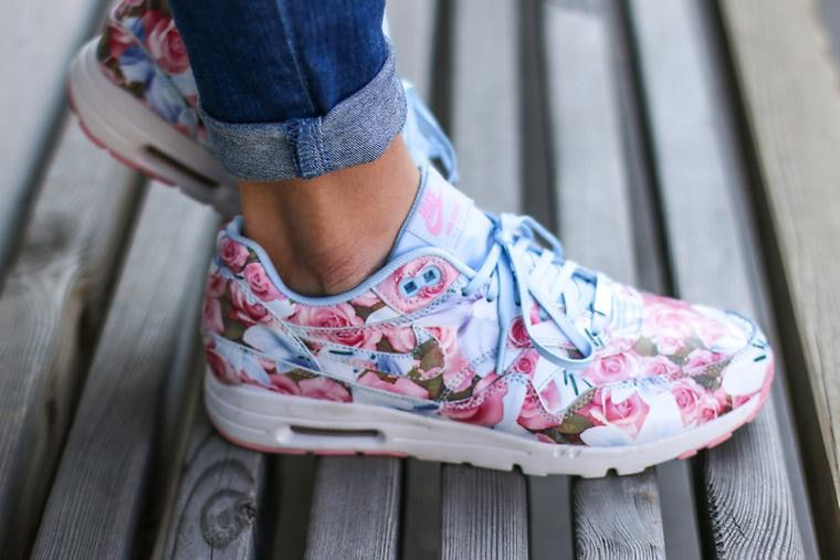 nike air max 1 girls