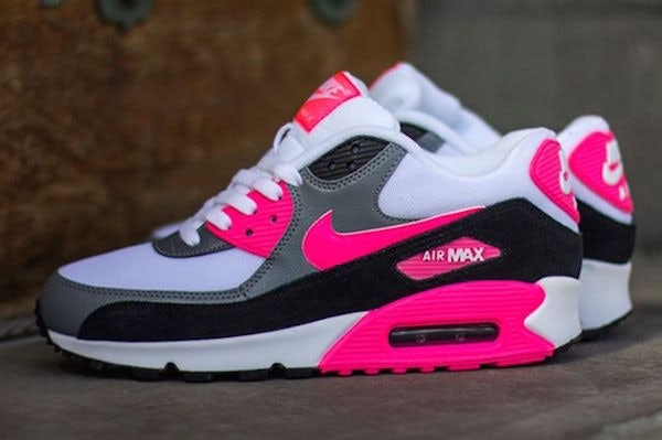 new style 19bf2 704fa 30 Pairs Of Nikes Every Girl Needs To Upgrade Her Closet This Spring