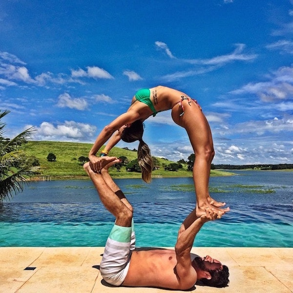 abbastanza 25 AcroYoga Couples Who Prove Nothing Is Sexier Than Being Fit  WL73