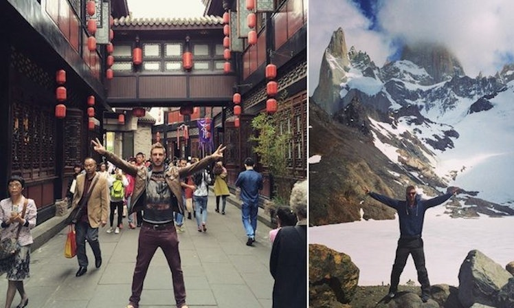 This Guy Made M Working From His Laptop And Traveling The World - Guy photographs his girlfriend as they travel the world