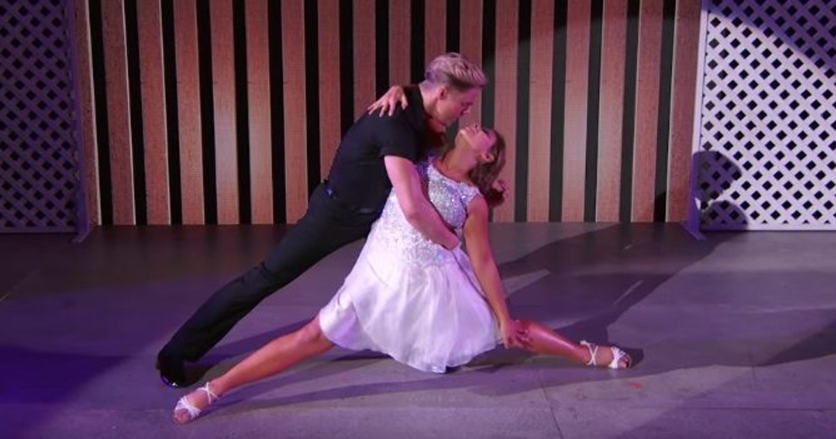 Bindi irwin crushed the famous 39 dirty dancing 39 lift in Kellermans dirty dancing