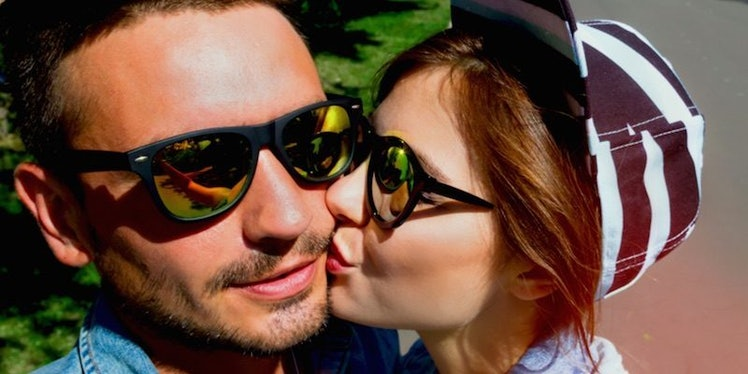 elite daily signs youre dating a woman Daily psychology news  home » blog » 4 warning signs you're dating a  from   last .