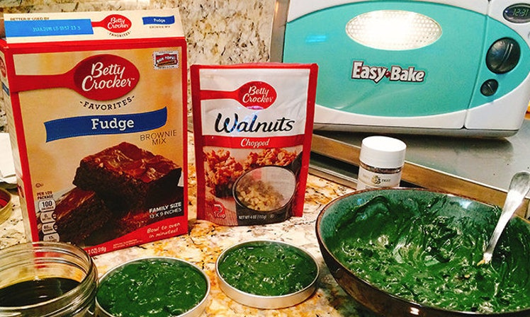 how to sell weed brownies