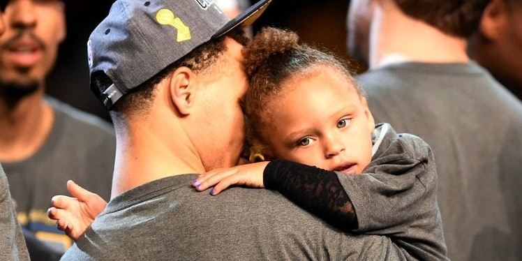 Riley Curry Had The Best Reaction To Steph Kissing Her After Game 7