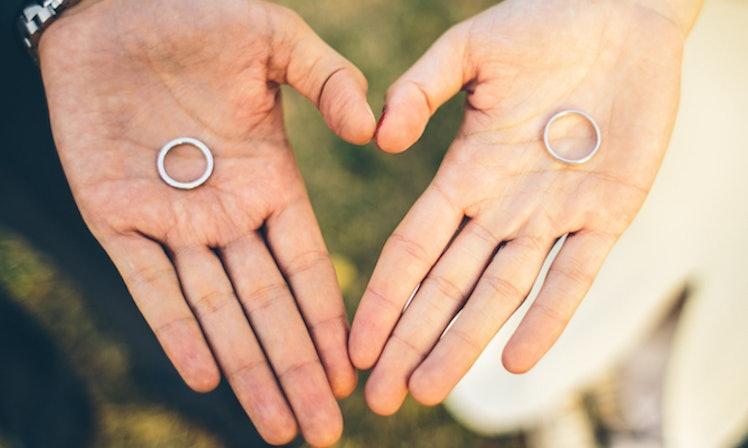 studio firma - Lost Wedding Ring