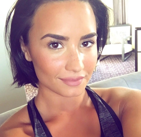 Demi Lovato Dyed Her Hair And She Looks Like A Completely Different Person