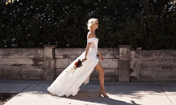 This website lets you design your own wedding dress and try it on this website lets you design your own wedding dress and try it on at home junglespirit Images