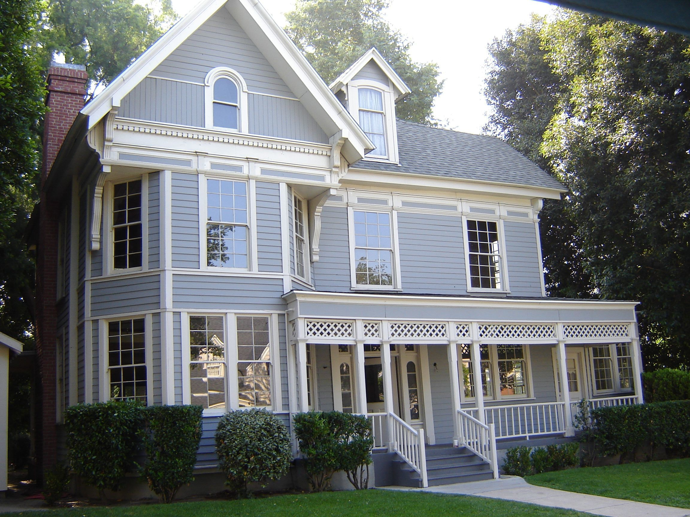 Gilmore Girls House how much the houses in 'gilmore girls' would cost in real life