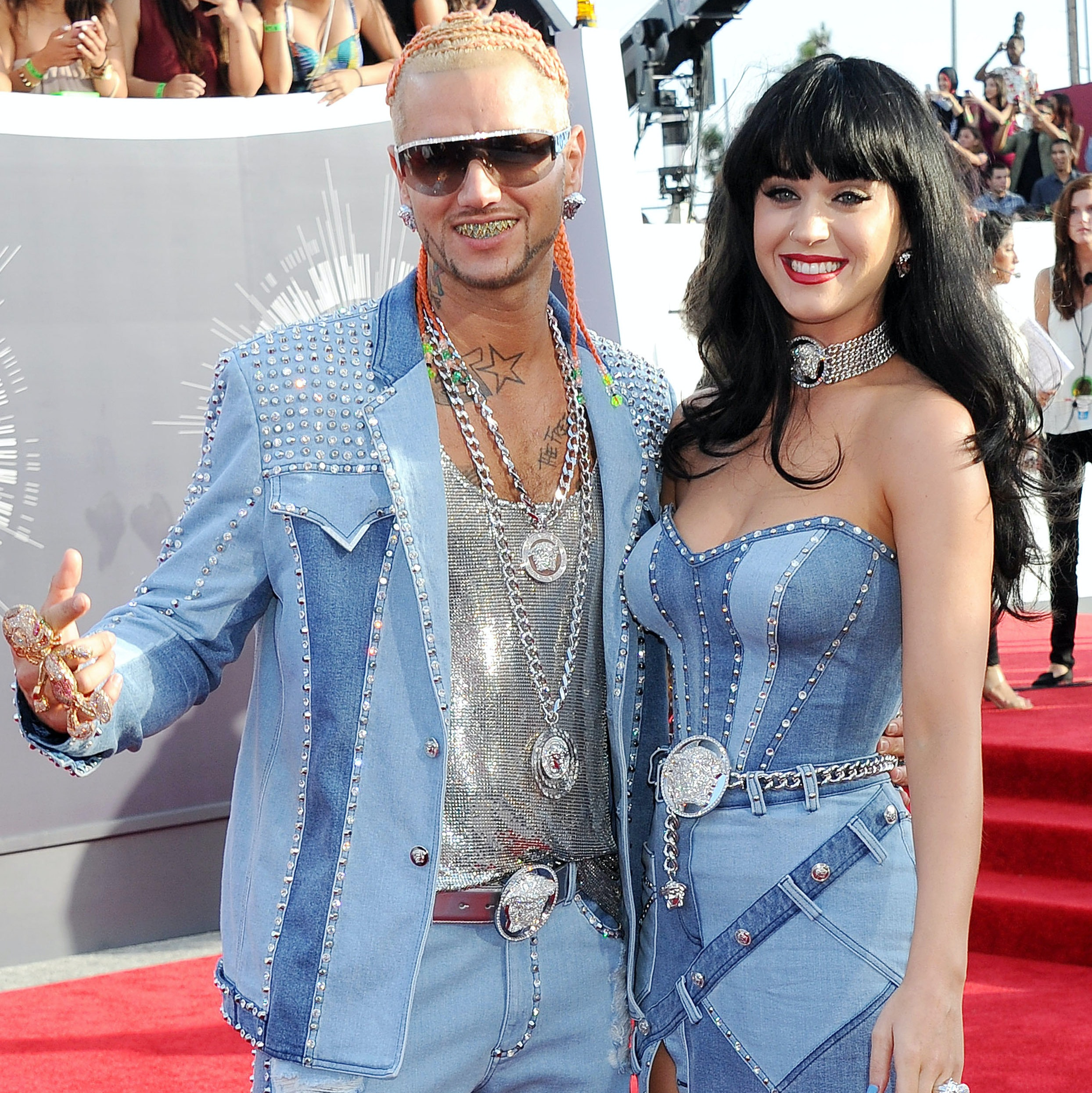 b5e2f1db452 Britney and Justin s Denim Outfits Turn 15 Years Old At AMAs