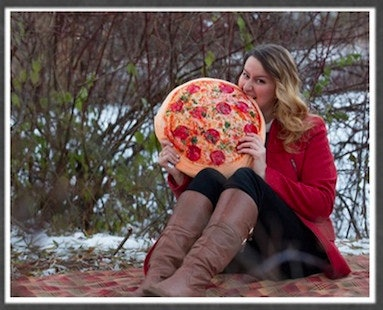 this girls couples holiday card features her bf pizza