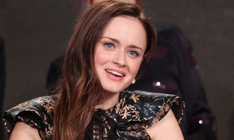 alexis bledel talks 39 gilmore girls a year in the life 39 season 2. Black Bedroom Furniture Sets. Home Design Ideas