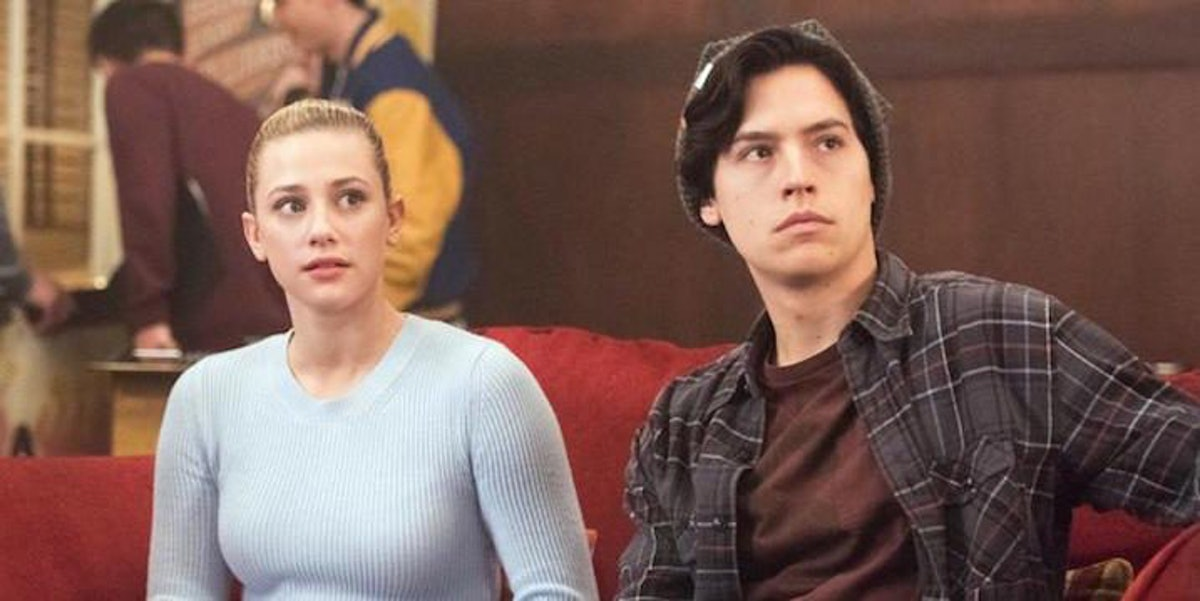Is cole sprouse dating betty from riverdale