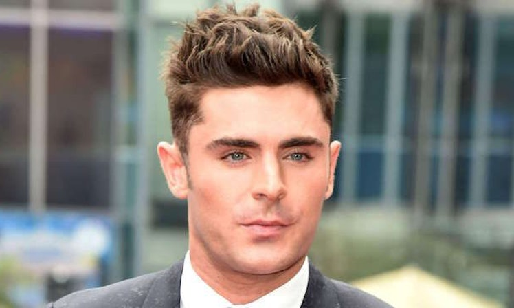 Zac efron kissed the rock in baywatch and shared what it was like stopboris Image collections