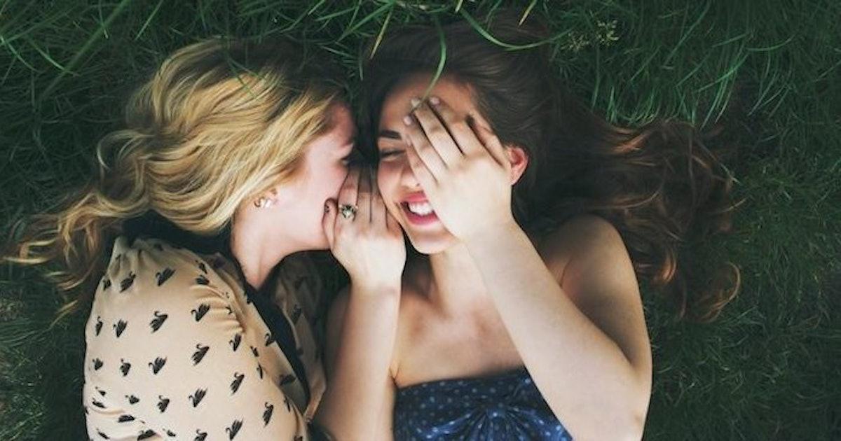 flirting signs for girls photos today 2017 photos