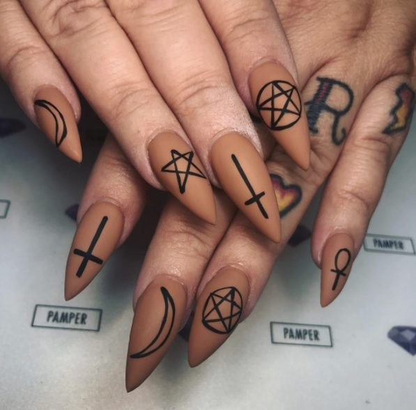 Halloween Nail Art Ideas & Tips For Pulling Off A Scary ...