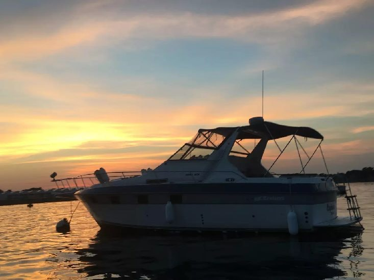 6 Airbnb Houseboat Rentals For That Unique Getaway With Your Bae