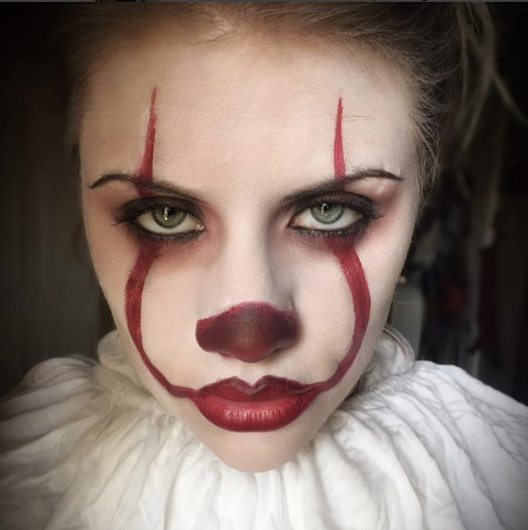 Clown Makeup Inspired By \u0027It\u0027 Is All Over Instagram \u0026 You\u0027ll