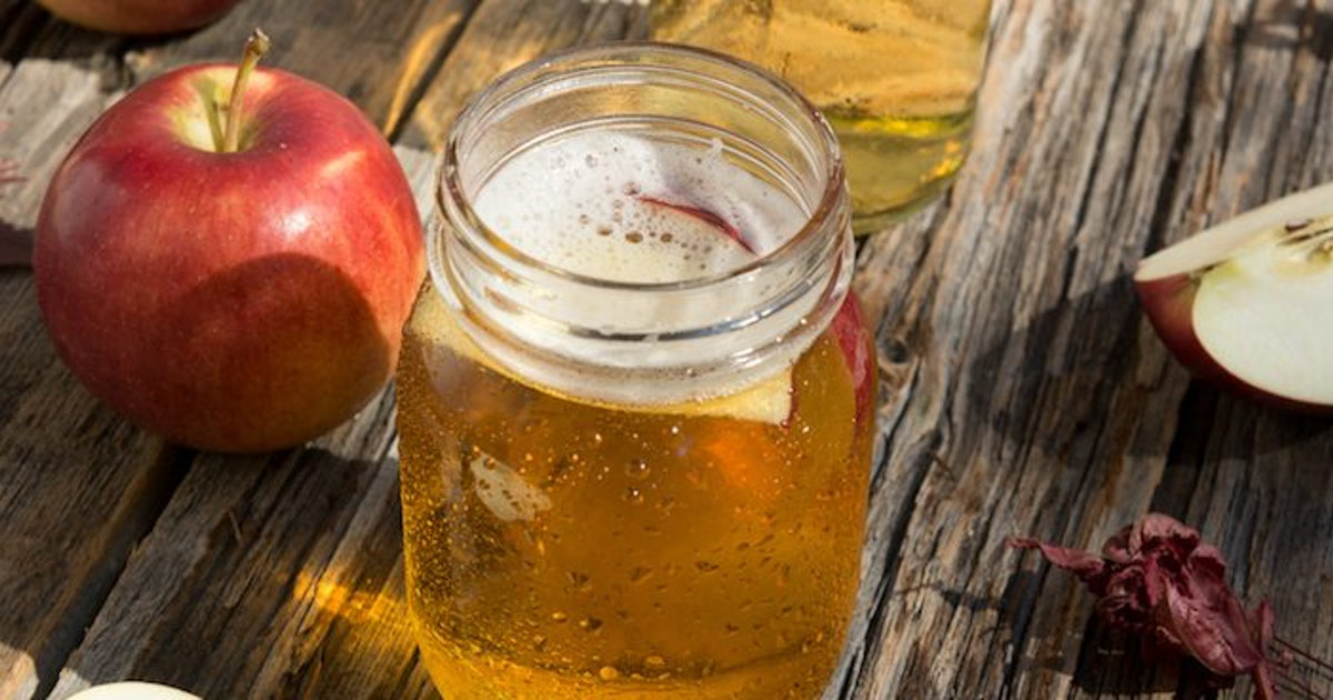 5 apple cider vinegar drink recipes you 39 ll want to try this fall. Black Bedroom Furniture Sets. Home Design Ideas