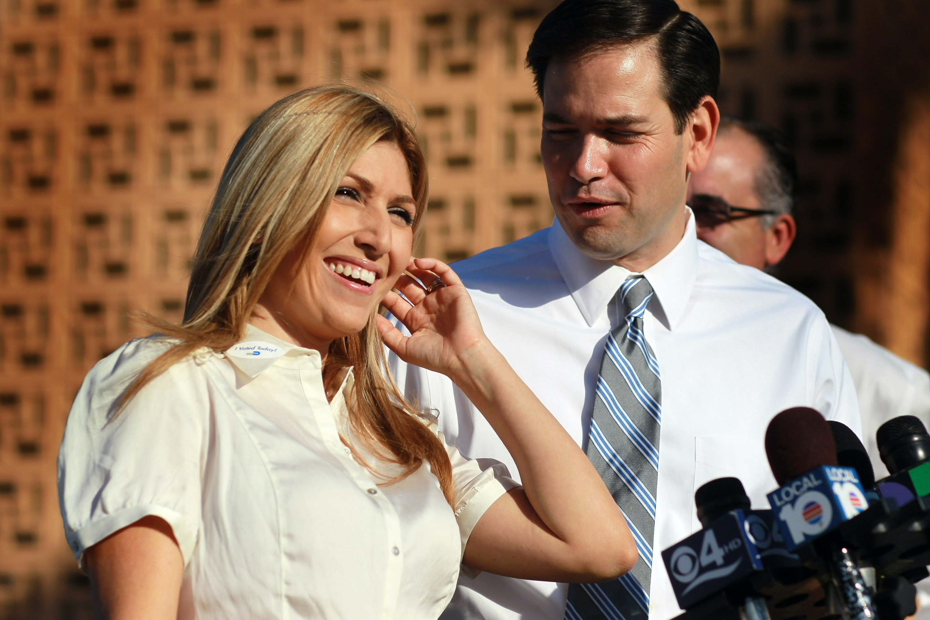Who Is Marco Rubio\'s Wife, Jeanette? The Former Miami Dolphins ...