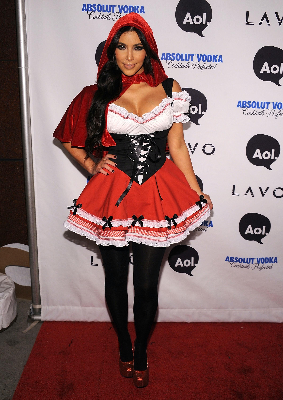 kim kardashians halloween costumes vs a normal humans halloween costumes photos