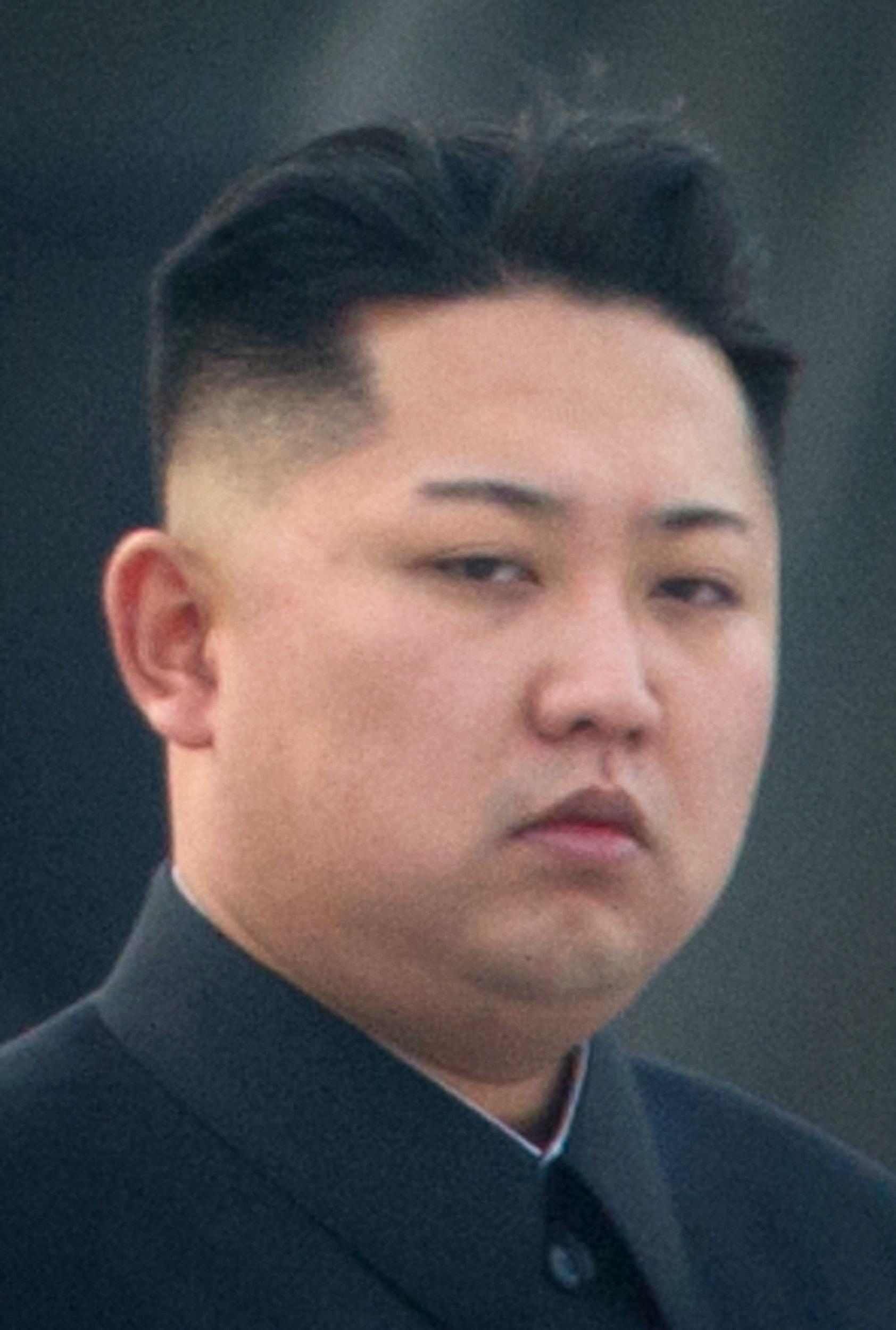 Kim Jong Uns New Haircut Shaven Eyebrows Are A Little Weird A