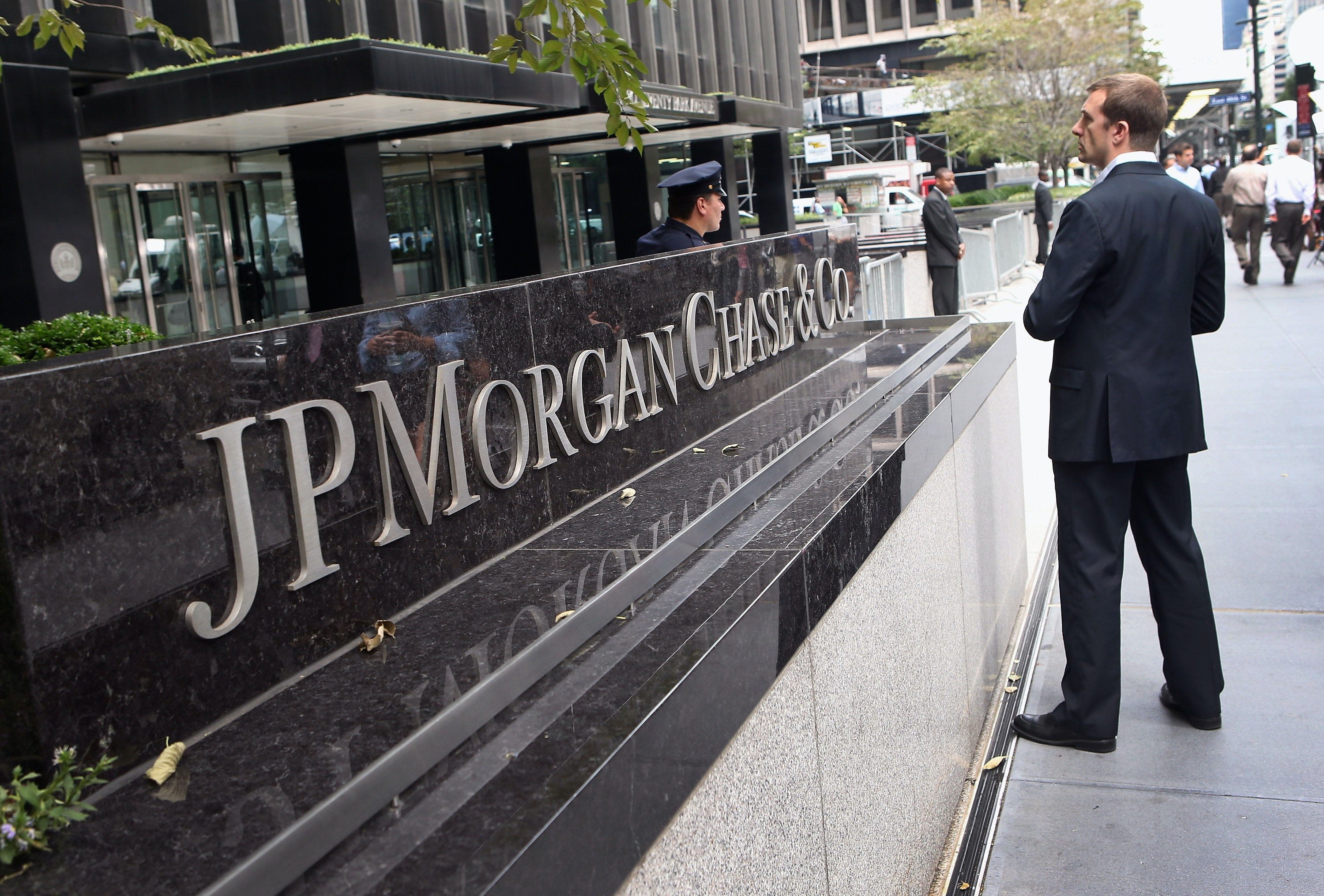 What JP Morgan Chase\'s Data Breach Means For You If You\'re One Of ...