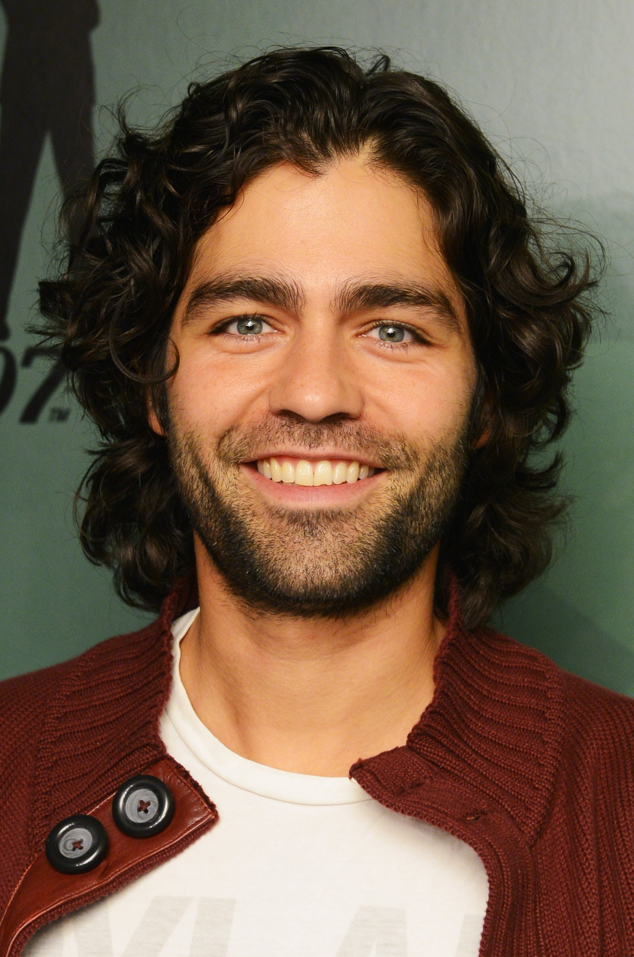 Adrian Grenier Buzzed His Hair So Lets Take A Moment To Remember