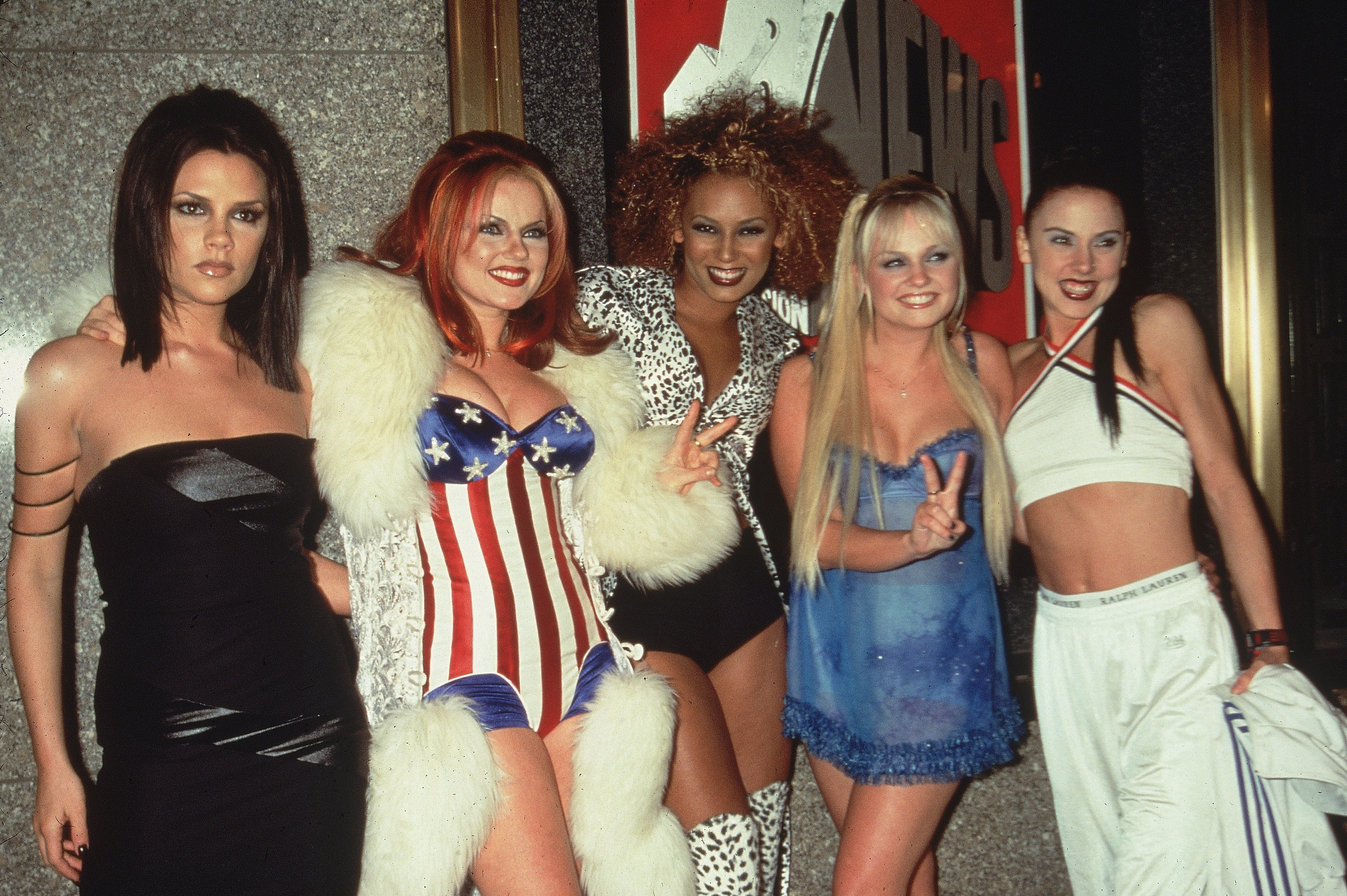 23 Ridiculous Spice Girls Outfits That You Used To Love But
