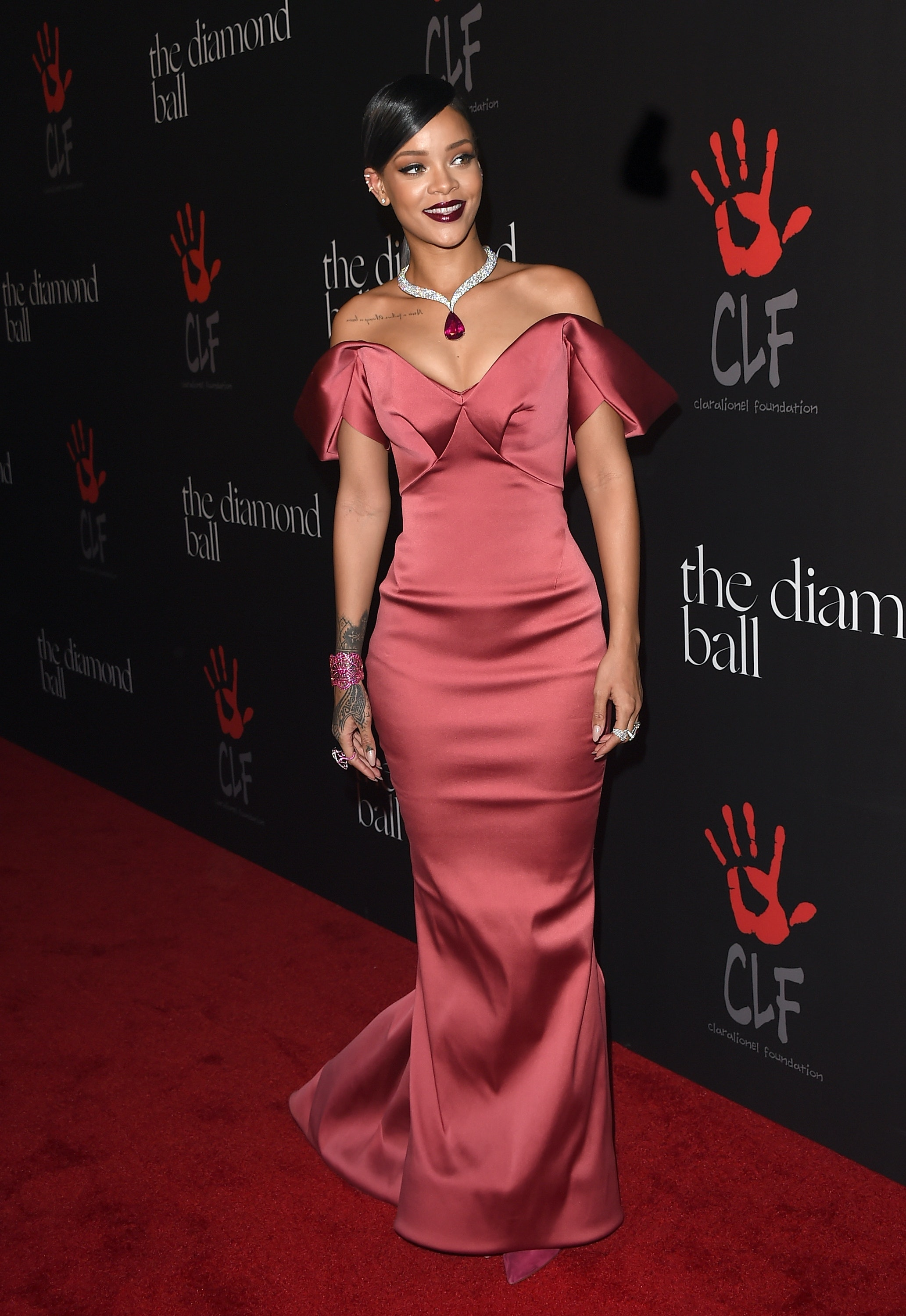 Rihanna\'s Diamond Ball Dress Is Gold Dior — PHOTOS