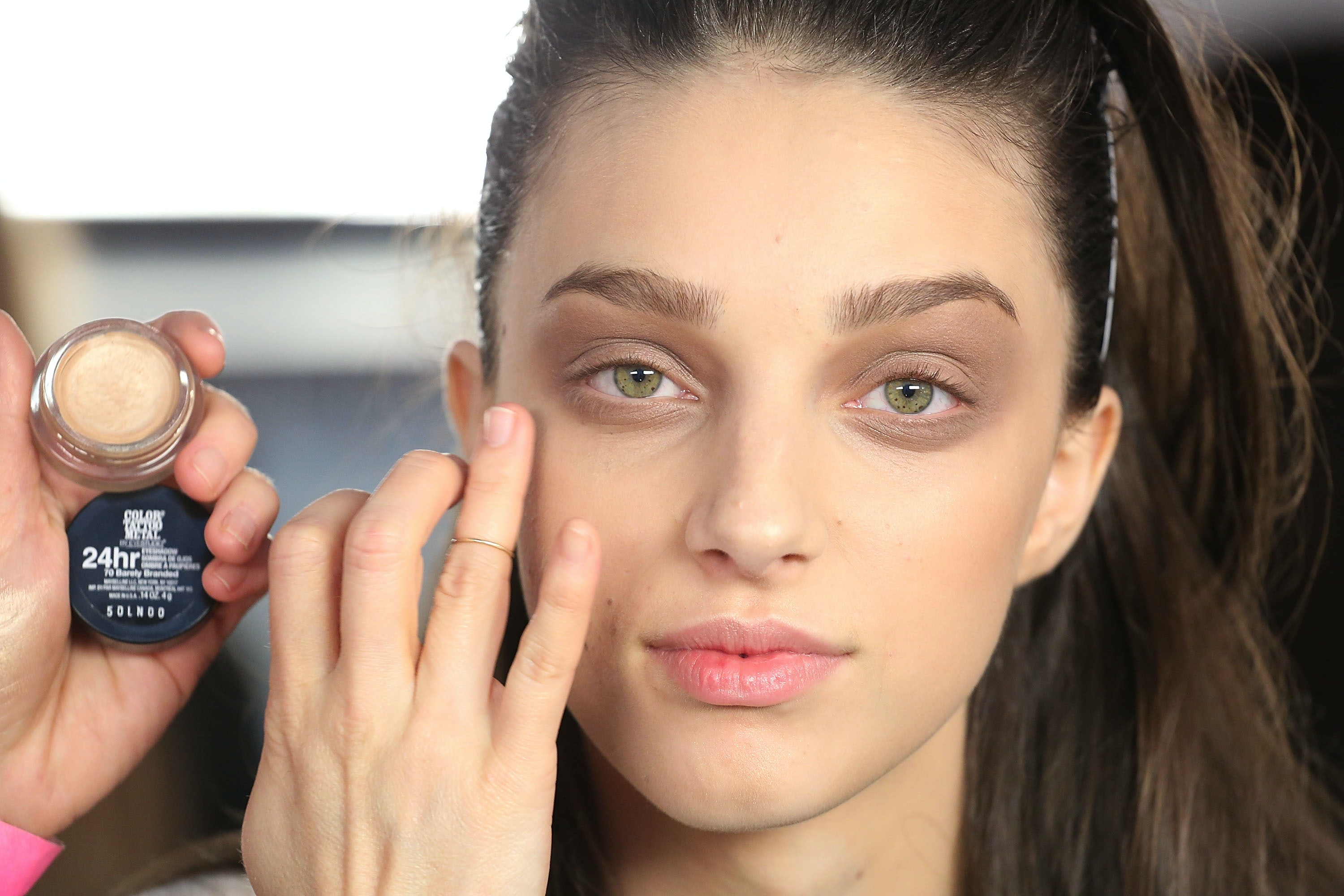 6 Steps To Avoid Caked,On Foundation, No Matter What The Season